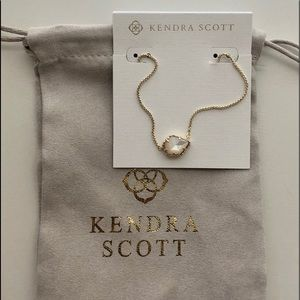 Kendra Scott Necklace Mother of Pearl